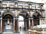 V&A - Arches (88 kbytes) - Click to enlarge