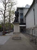 John Millais statue near The Tate (130 kbytes) - Click to enlarge