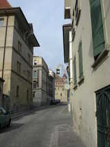 Lausanne, Cobbled Street (69 kbytes) - Click to enlarge