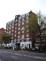 Apartments around Hampstead (132 kbytes) - Click to enlarge