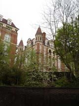 Apartments around Hampstead (165 kbytes) - Click to enlarge